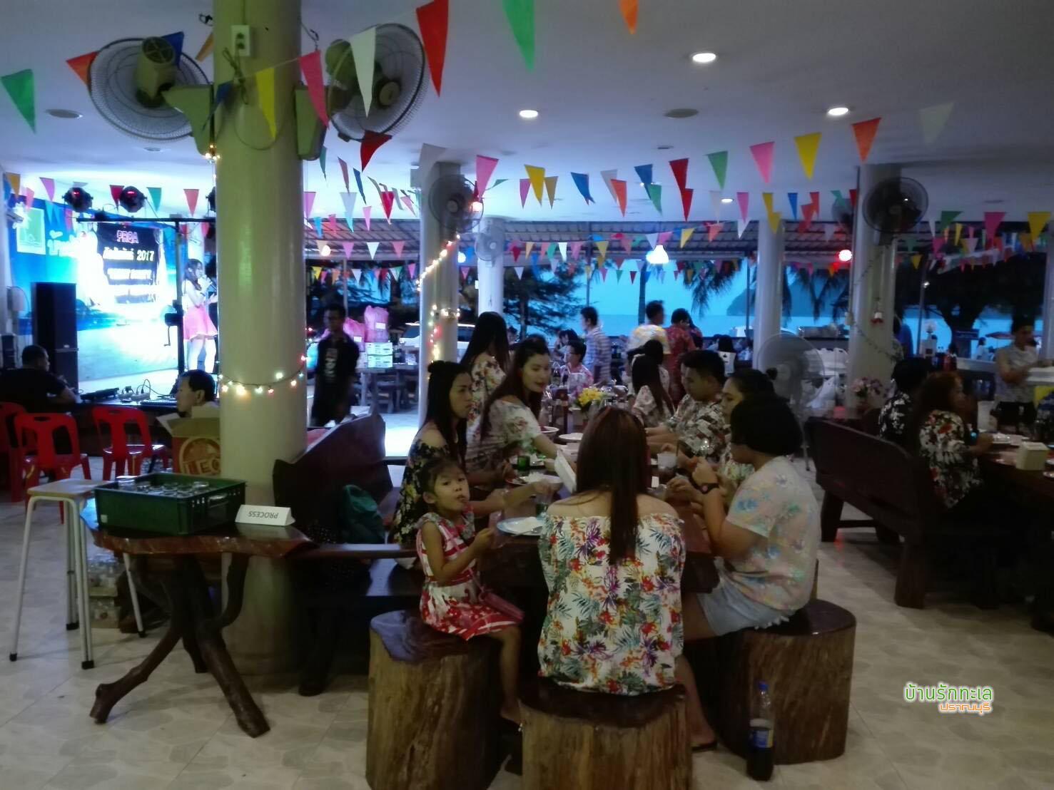 restaurant-teepak-rimtalay-samroiyod-beach12